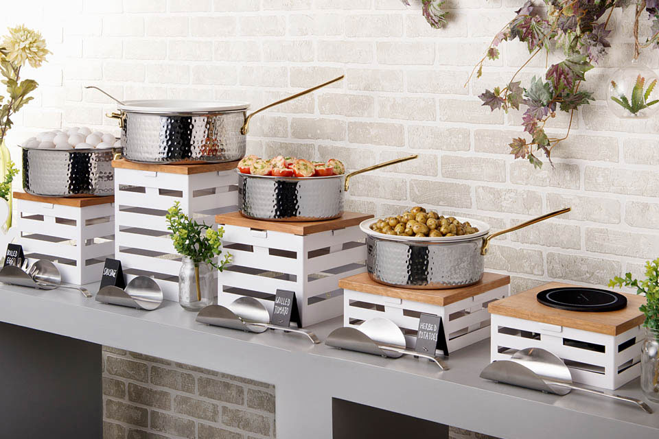White Induction Buffet Concept