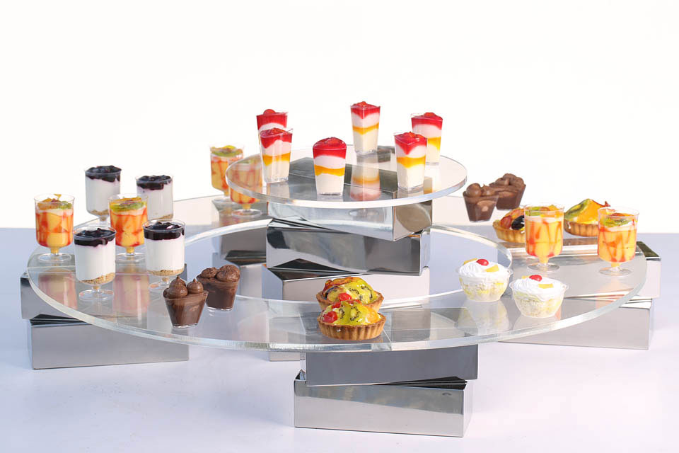 Magnetic Dessert Station